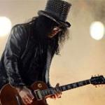 Slash připustil, že by ještě mohl hrát s Guns N'Roses