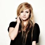 Avril Lavigne je v polovině léčby